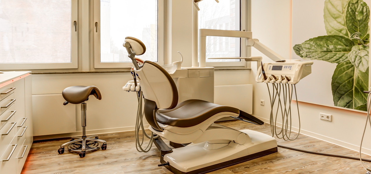 Zahnarzt-Eppendorf-Behandlungszimmer