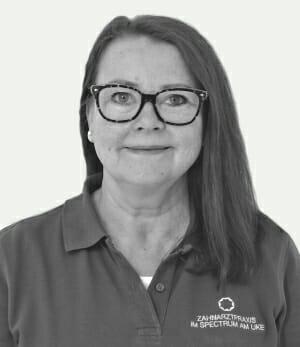 Anette Jansen, Zahnmedizinische Fachangestellte (ZFA)